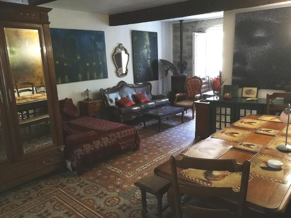 Bed And Breakfast Chambres D Hotes Moliere Pezenas France