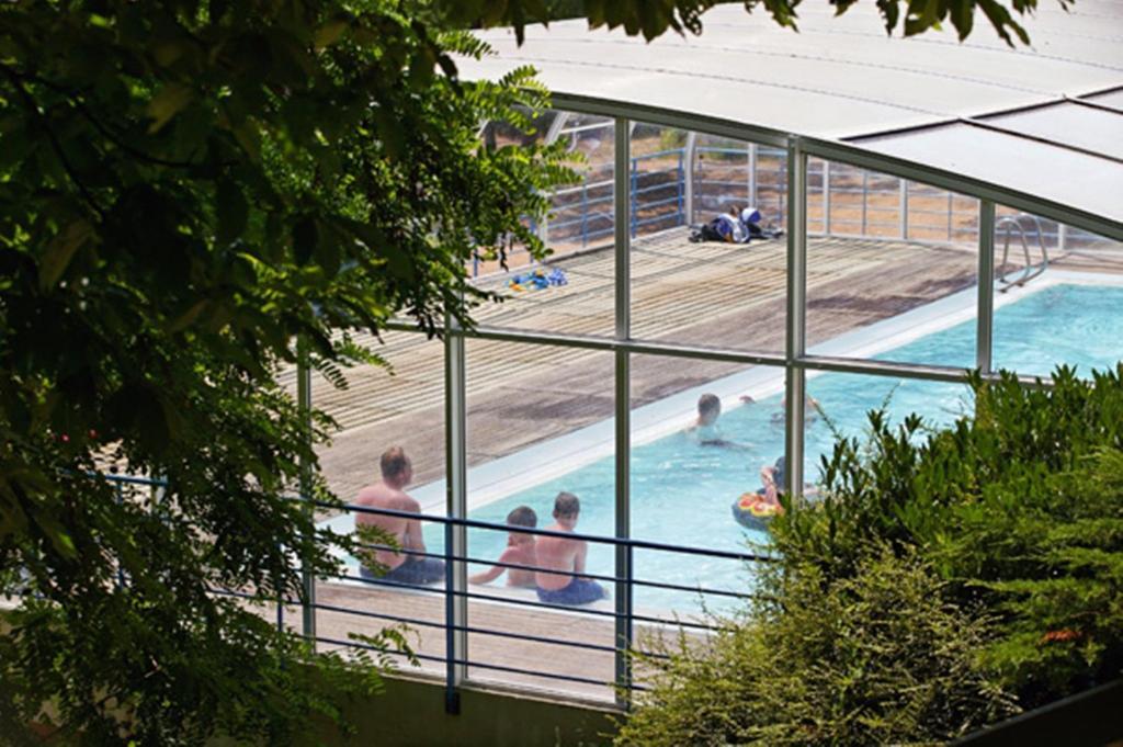 Parc De Fierbois camping parc de fierbois, sainte-catherine-de-fierbois, france
