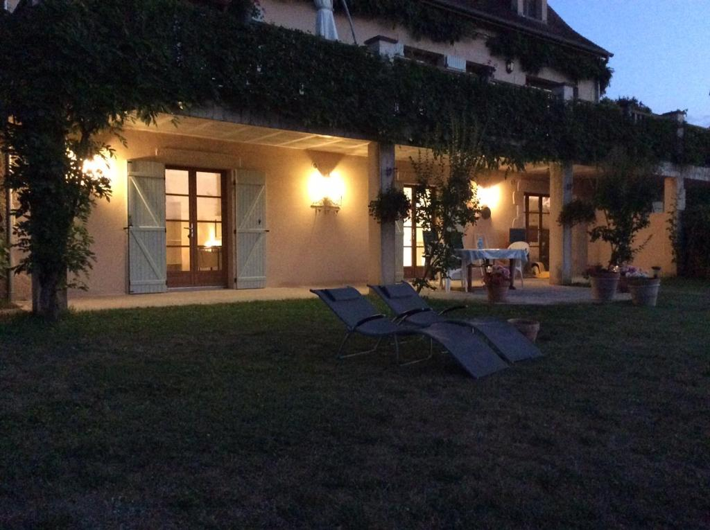 Bed And Breakfast Les Jonquilles Domme France Booking