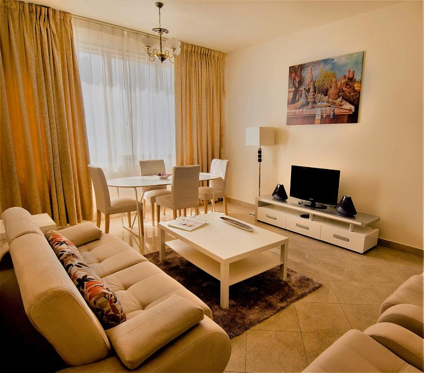 Abu Dhabi Plaza Hotel Apartments, Abu Dhabi – Updated 2019 ...