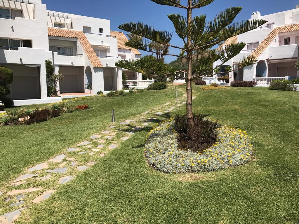 Apartamento Apt A-3 (España Bahía de Casares) - Booking.com