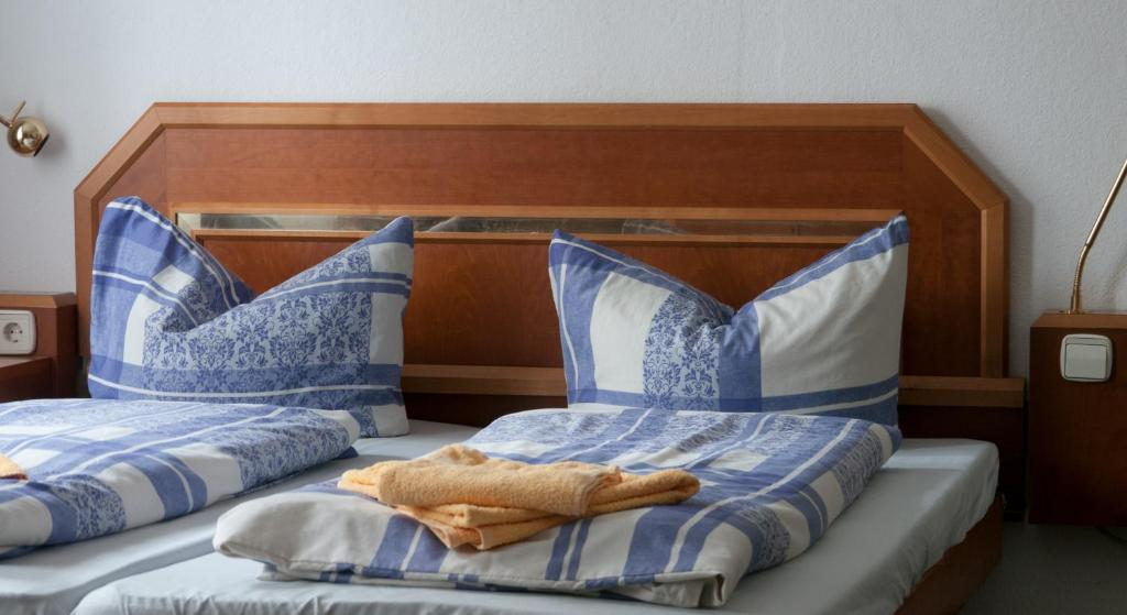 Hotel landhaus flughafen messe deutschland freiroda booking.com