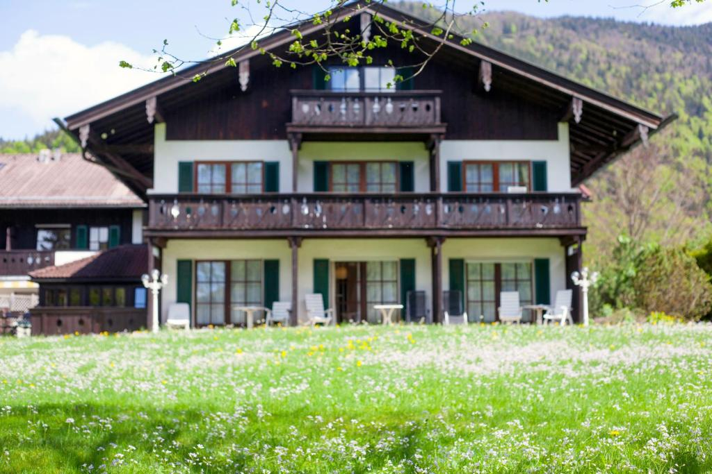 Hotel Bachmair Alpina Rottach Egern Germany Booking Com