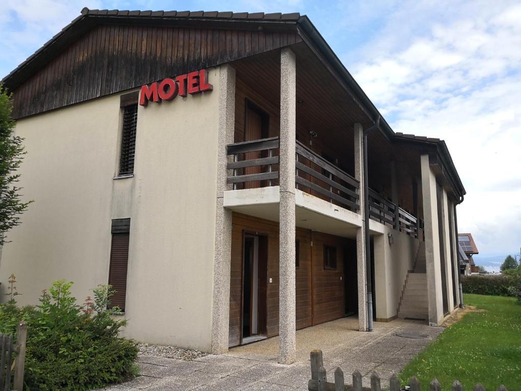 Hotel Motel St Louis (Schweiz Portalban- Dessous) - Booking.com