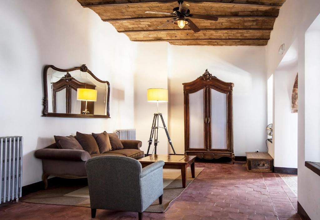 boutique hotels in granada  240