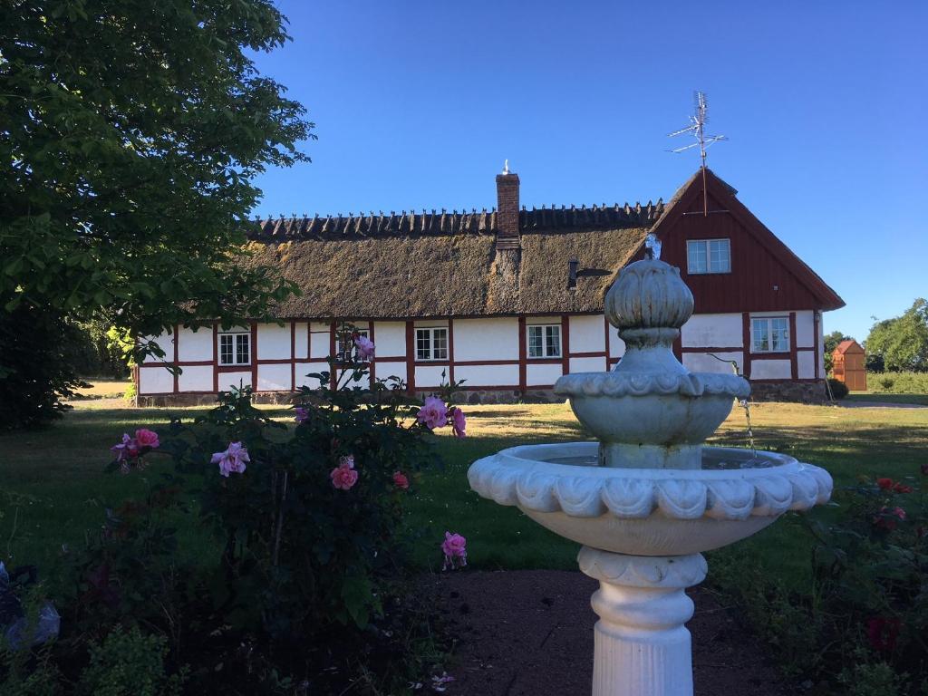 Stijlvolle Boerderij Zweden : Appartement kastanjegården på stenshuvud zweden kivik booking