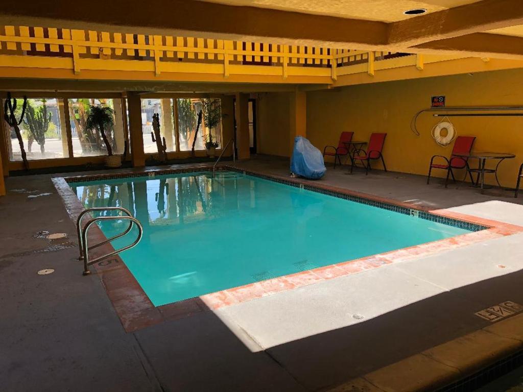 Pacific Inn Santa Cruz, CA - Booking.com