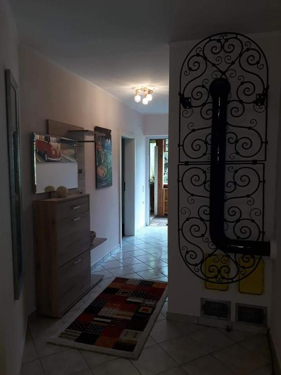 Bett Im Schlafzimmer Design Modern Italienisch Lecomfort , Ferienhaus Haus Mira –sterreich Bodensdorf Booking