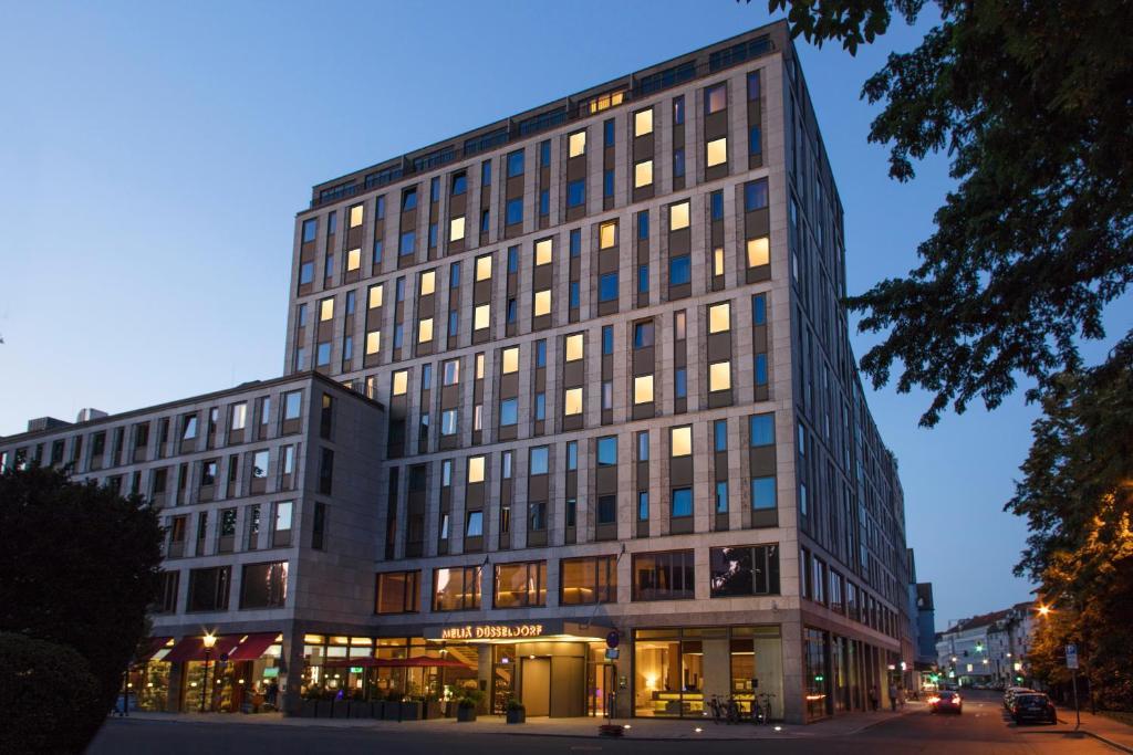 Hotel Meliá Düsseldorf (Deutschland Düsseldorf) - Booking.com