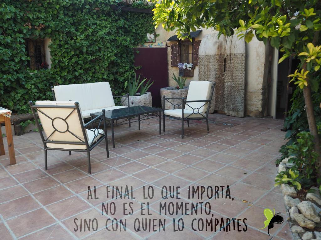 Casa Rural Pequeño Huesped, Villasexmir, Spain - Booking.com
