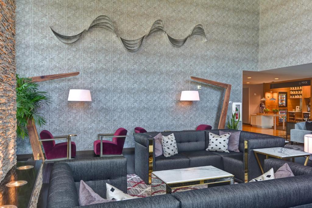 Hotel Doubletree By Hilton Baton Rouge La Booking Com
