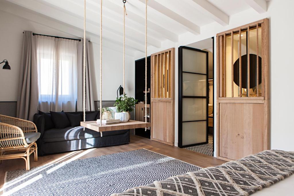 hoteles con encanto en tarragona  266