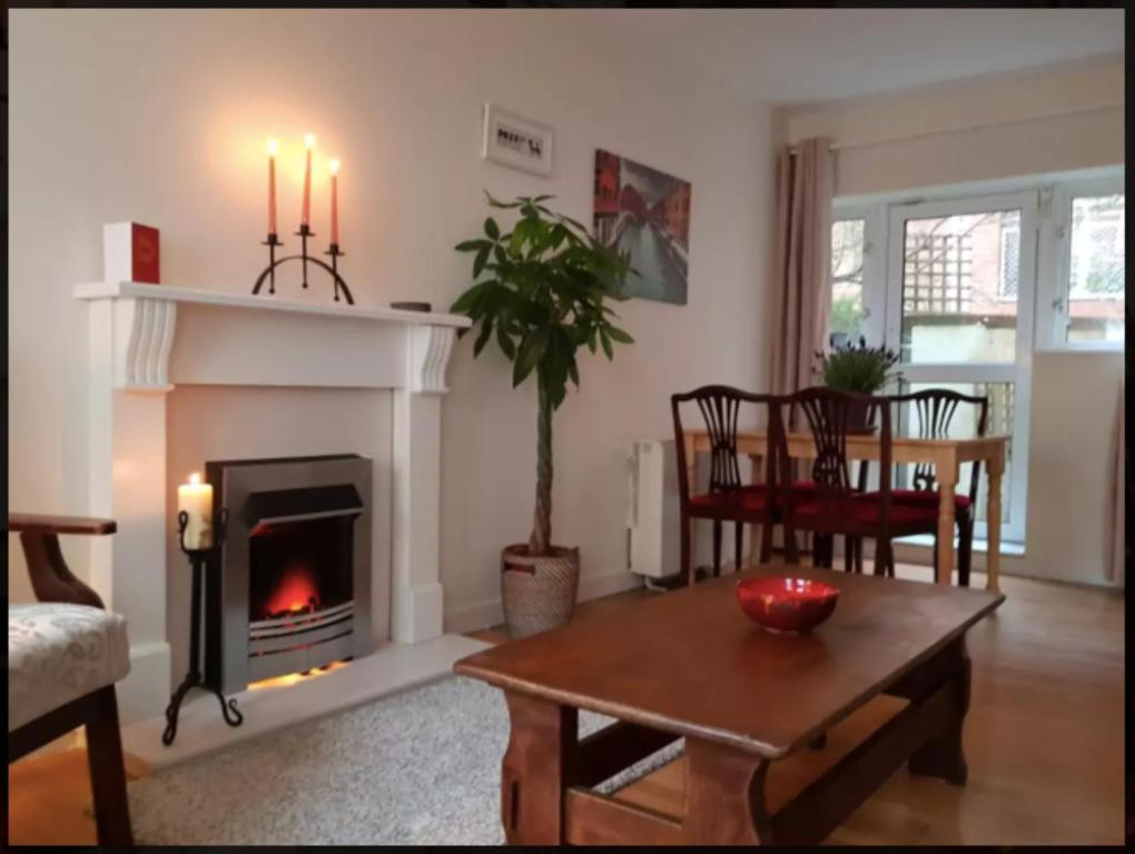 Apartment 2 Bedroom Flat In Dublin City Centre Ireland Booking Com