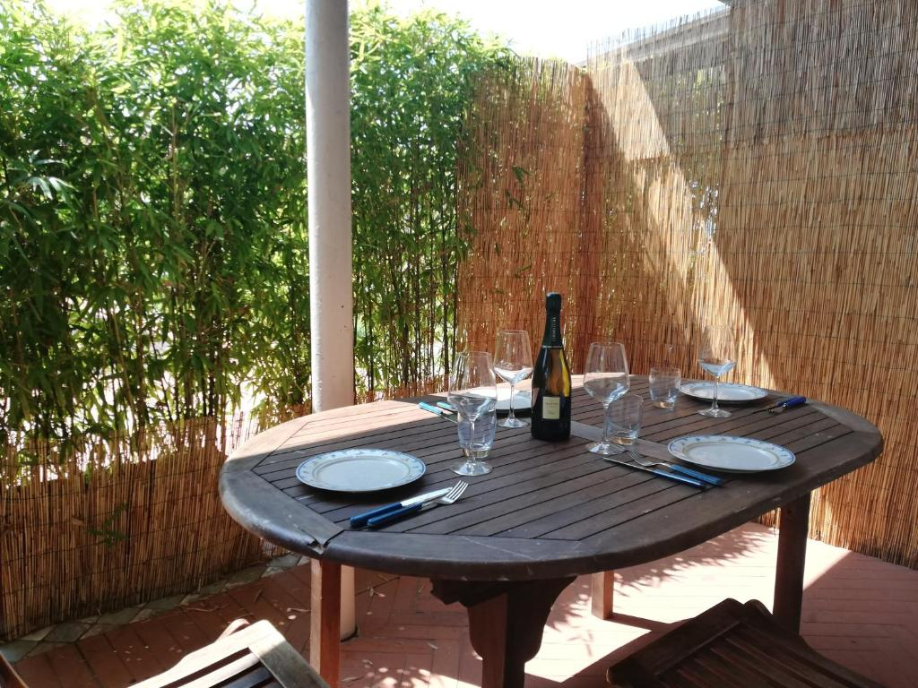 Giardinia Pietrasanta Orario : Appartamento daisy sul mare italia marina di pietrasanta