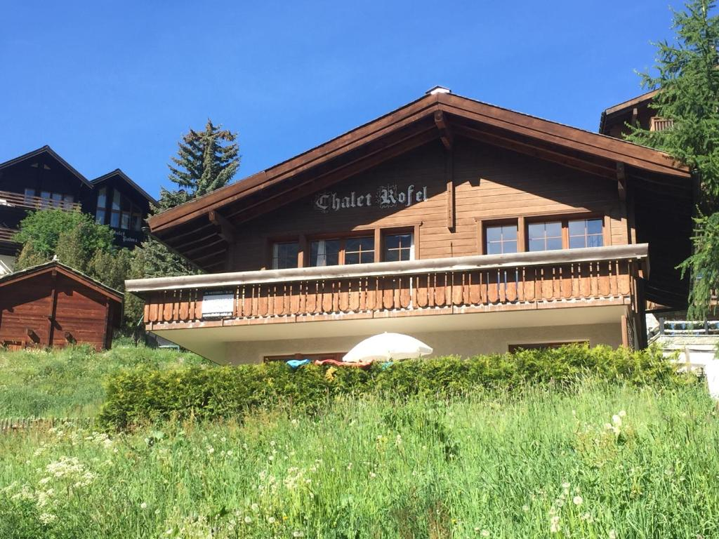 Modern Zwitsers Chalet : Chalet rofel zwitserland zermatt booking