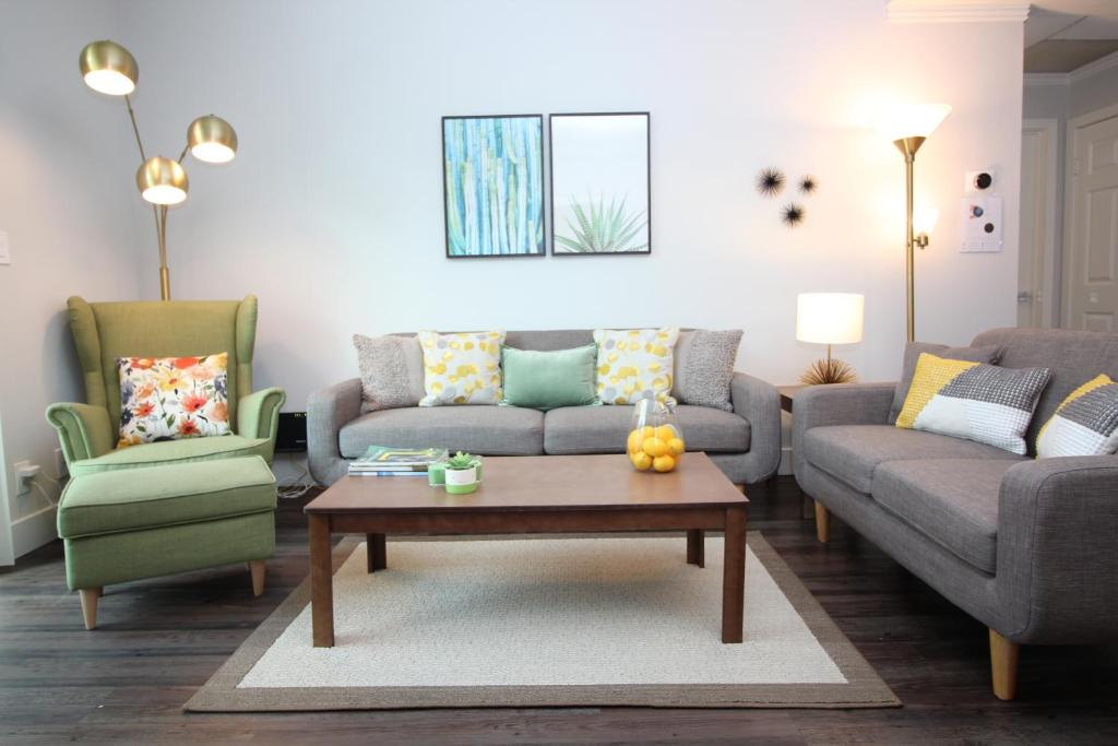 Apartment Luxury Westwood UCLA Suite   2BR&2BT   Free