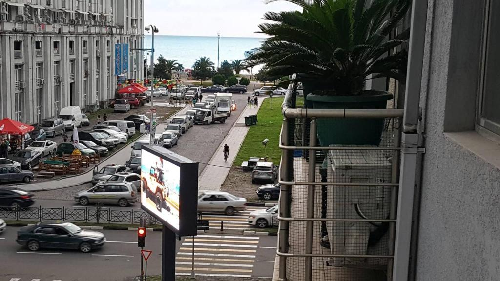 Деньги под залог автомобиля Грузинская Большая улица продать авто которое в кредите а птс в банке