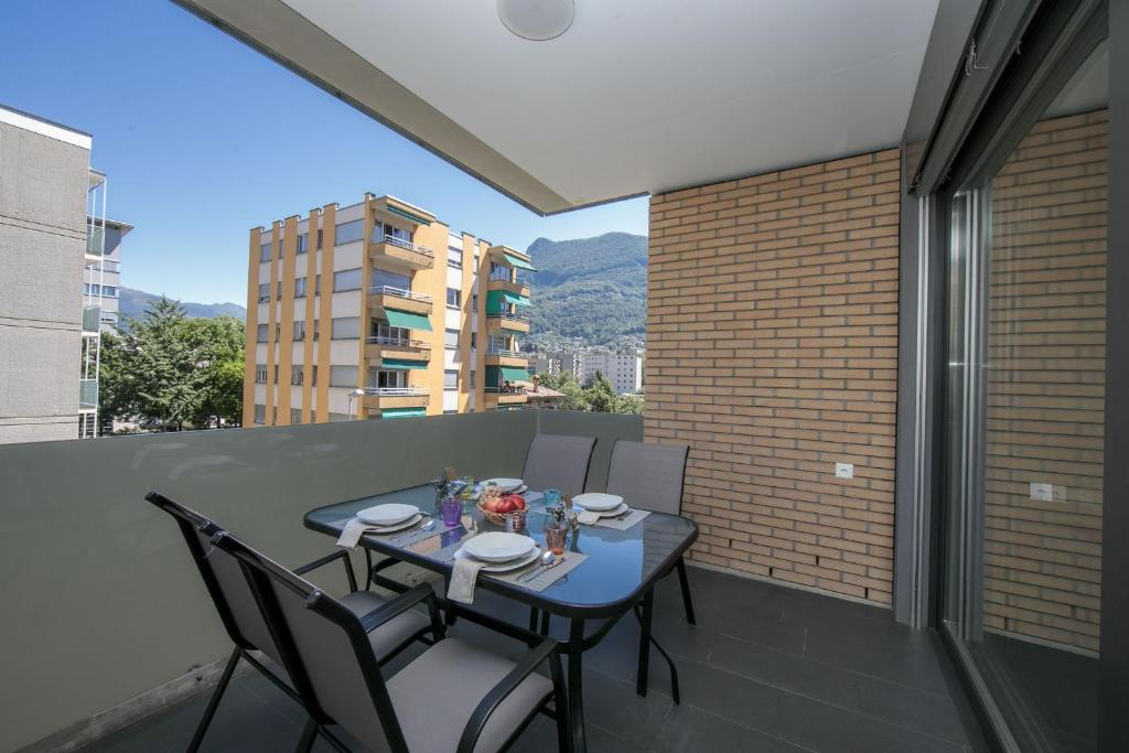 Camere Familiari Lugano : Mola glicine lugano u prezzi aggiornati per il