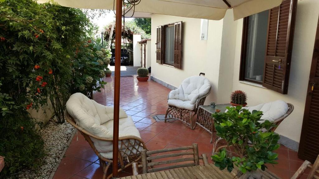 Villa il giardino della sibilla italien pozzuoli booking