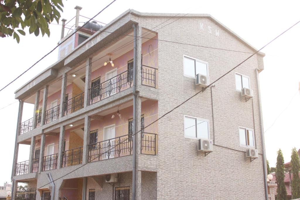 Hôtel Appartement KSW(ドゥア...