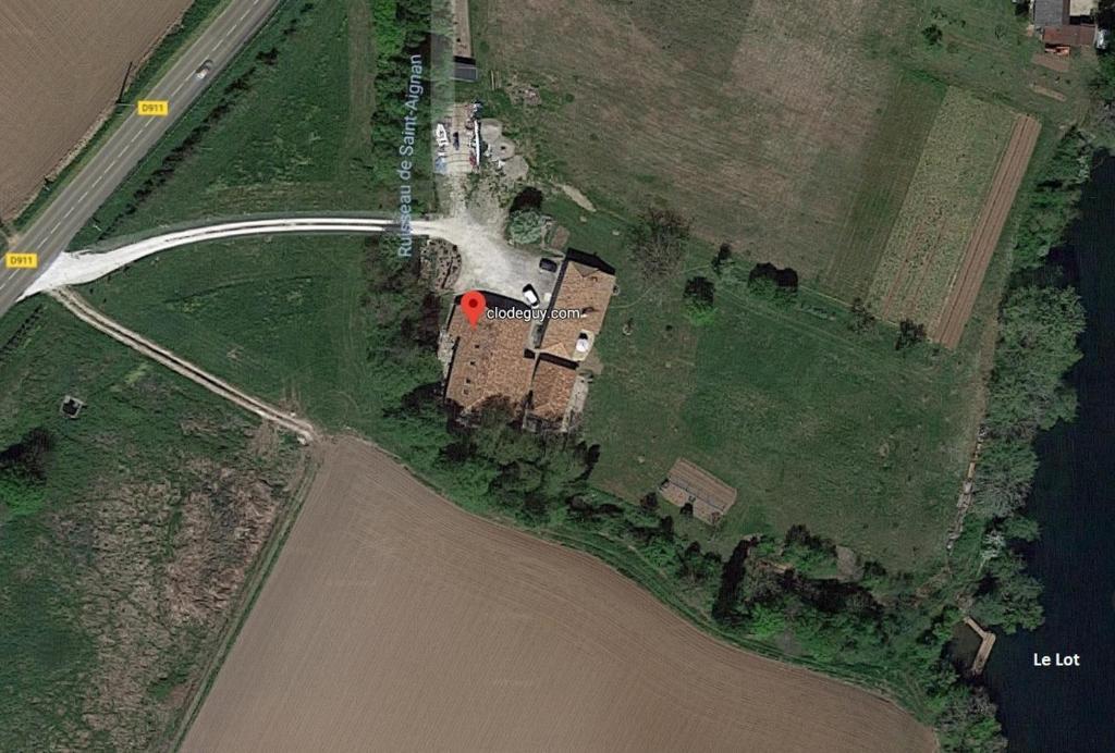 Vue panoramique sur l'établissement Location Chambres d'Hôtes Clodeguy