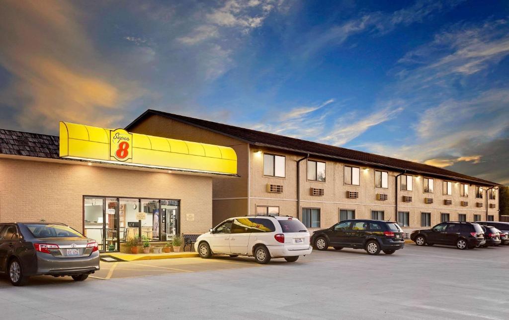 Motel Super 8 Macomb Il Booking Com