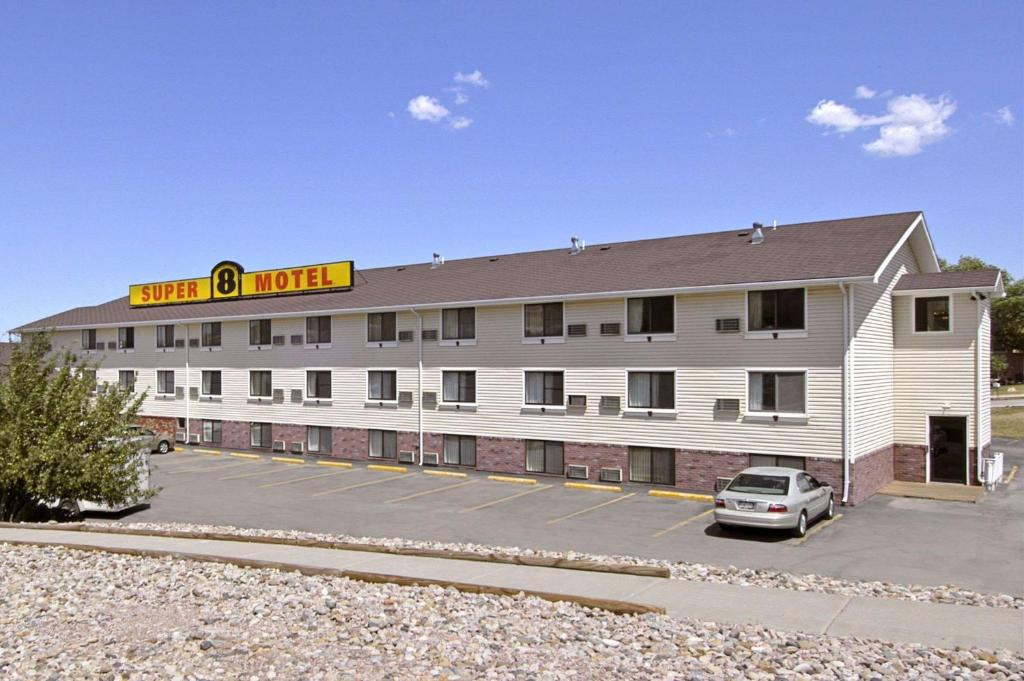 hotel super 8 rapid city rushmore road sd. Black Bedroom Furniture Sets. Home Design Ideas