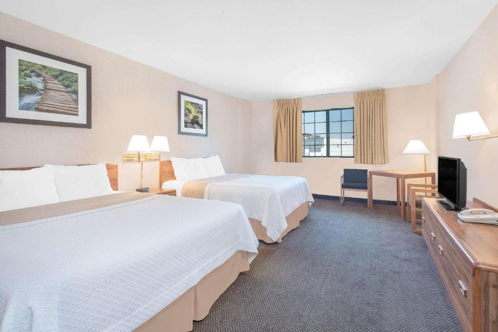 Days Inn By Wyndham West Rapid City Sd Bookingcom