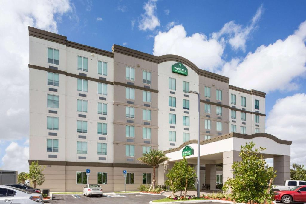 Hotel Wingate By Wyndham Miami Airport Usa Miami Booking Com