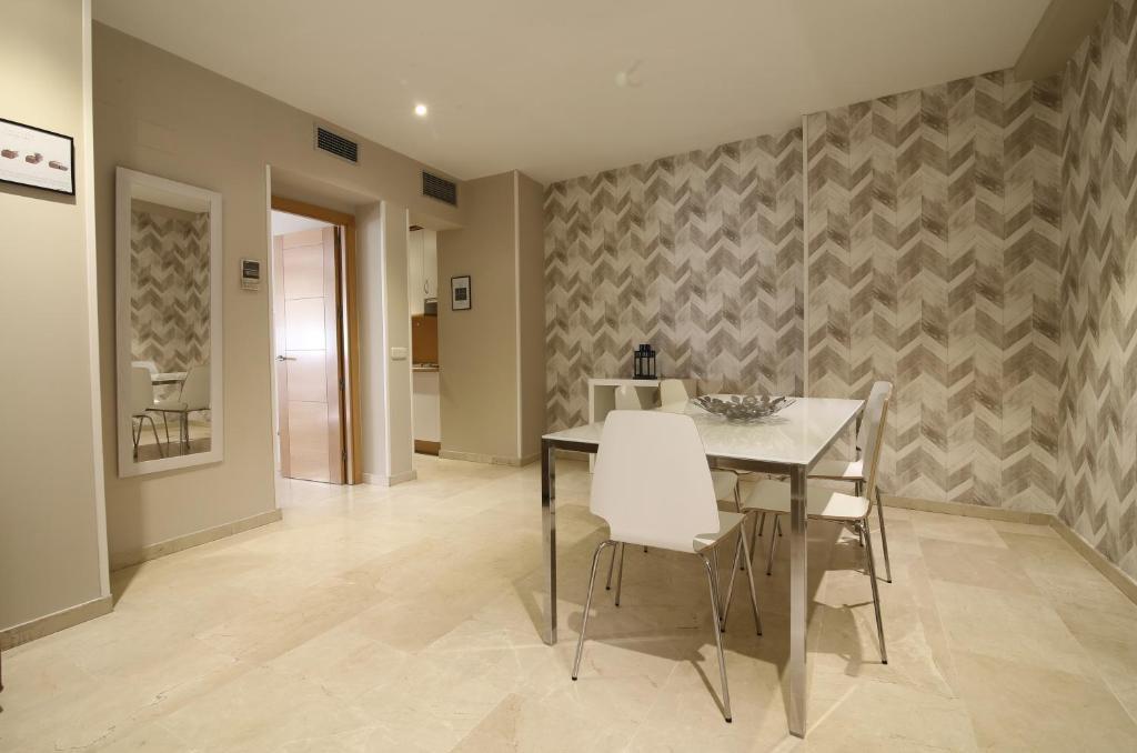 Апартаменты Suites You Mercury (Испания Мадрид) - Booking.com 9f7132345c2