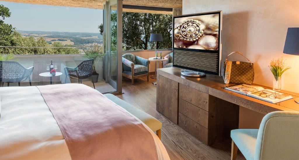 hotels with  charm in sant julià de ramis  14