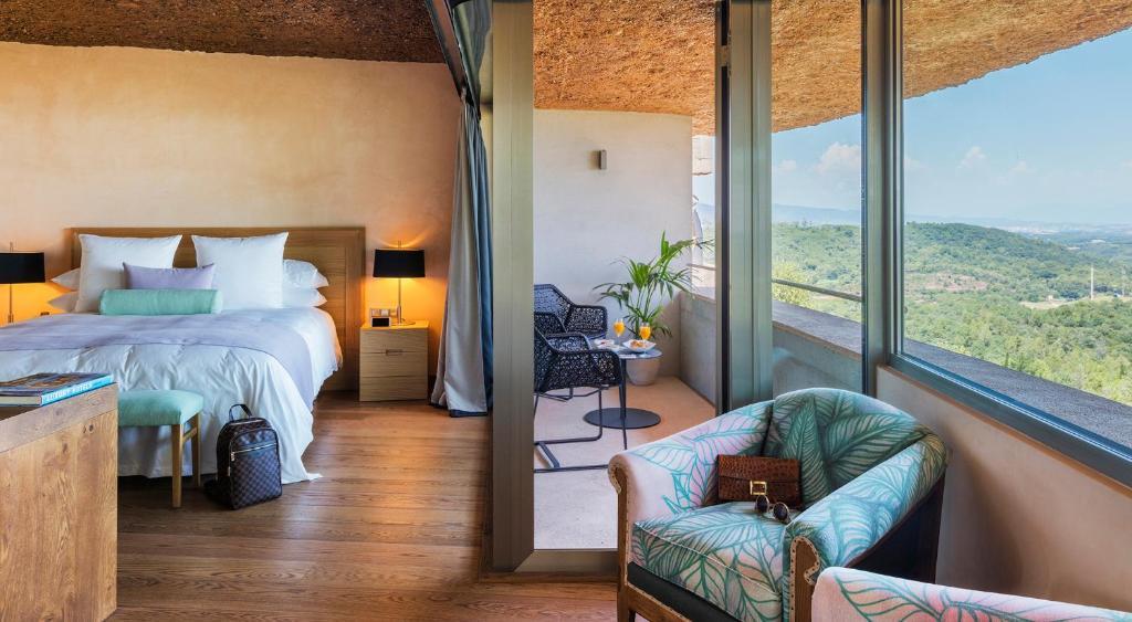 hotels with  charm in sant julià de ramis  15