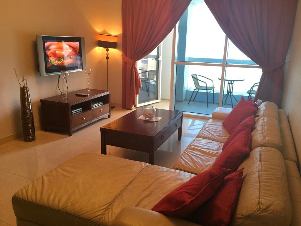 espace holiday homes saba 2 jumeirah lake towers dubai uae rh booking com