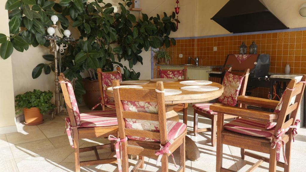 Veranda Balkon Victoria : Hotel le victoria réunion saint pierre booking