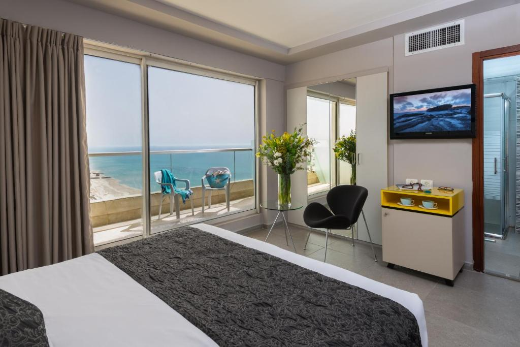 Leonardo Suite By The Beach Reserve Now Gallery Image Of This Property
