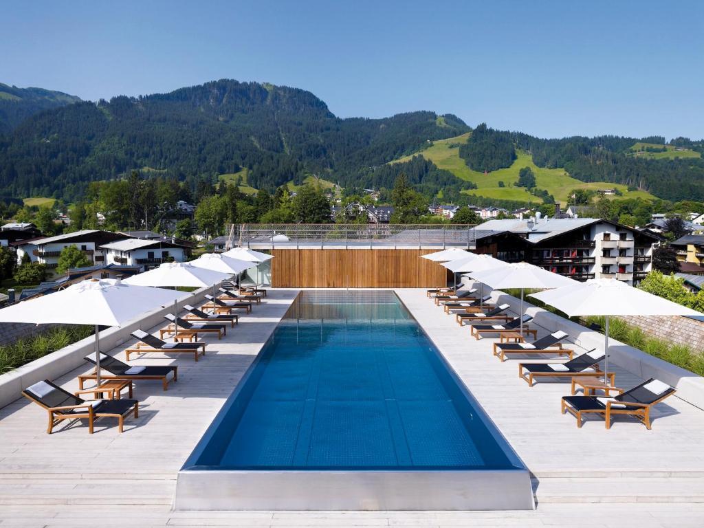 The swimming pool at or near Schwarzer Adler Kitzbühel