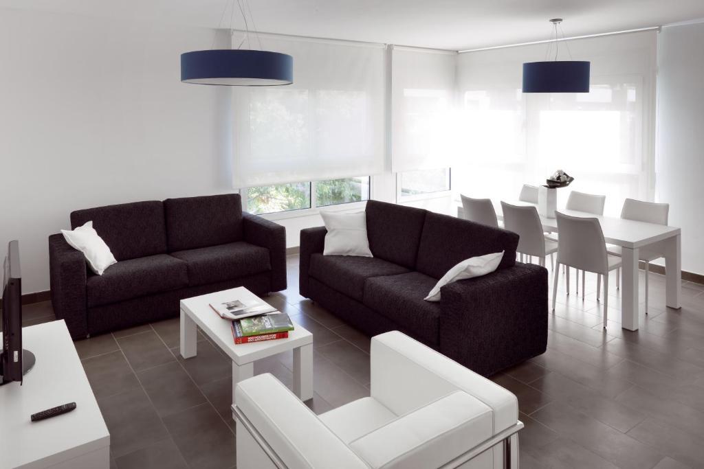 Bonita foto de 08028 Apartments