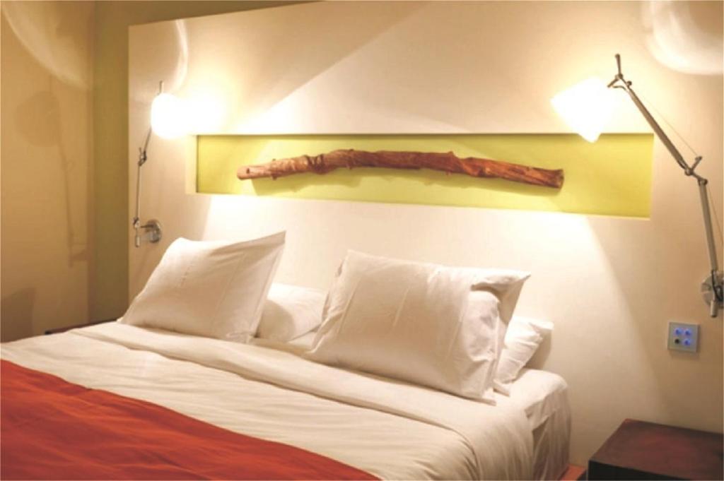 E Hotel Spa Resort Zypern Perivolia Booking Com