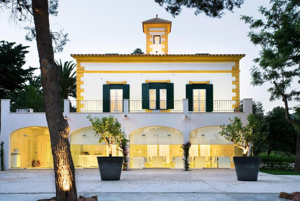 boutique hotels menorca  191