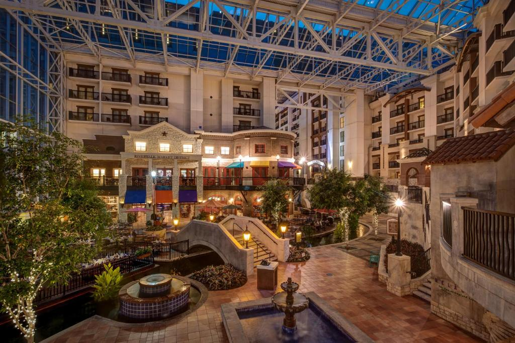 Gaylord Texan Resort Grapevine Tx Booking Com