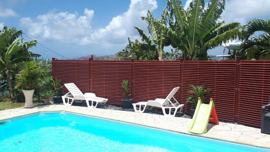 The swimming pool at or near Le Bo Kay