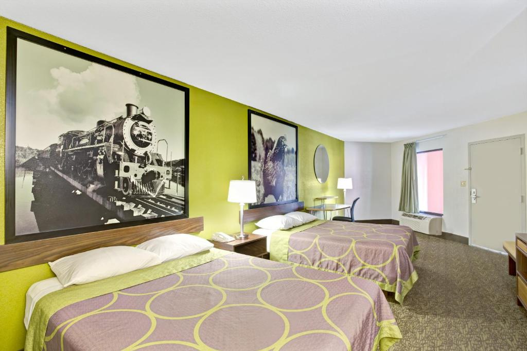 Hotel Super 8 Gainesville Ga Bookingcom