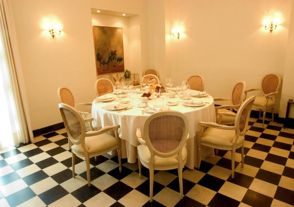 boutique hotels in jerez de la frontera  63