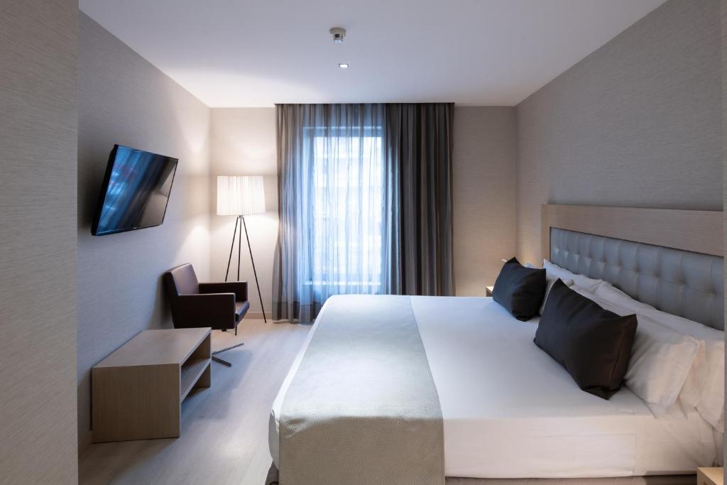 hotel catalonia sagrada familia barcelona spain booking com rh booking com