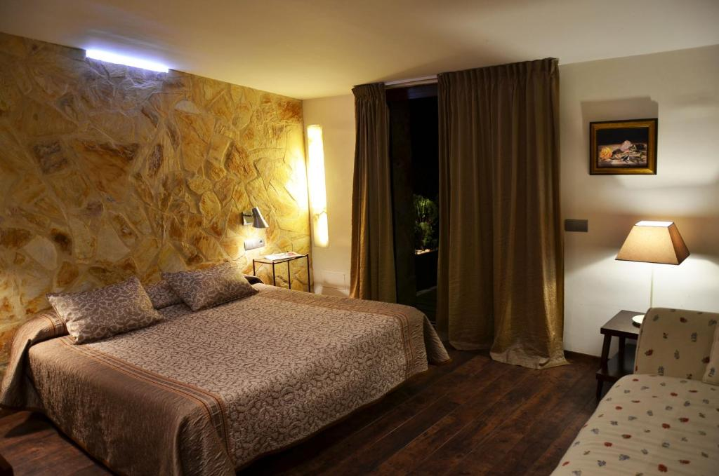 boutique hotels in girona  272