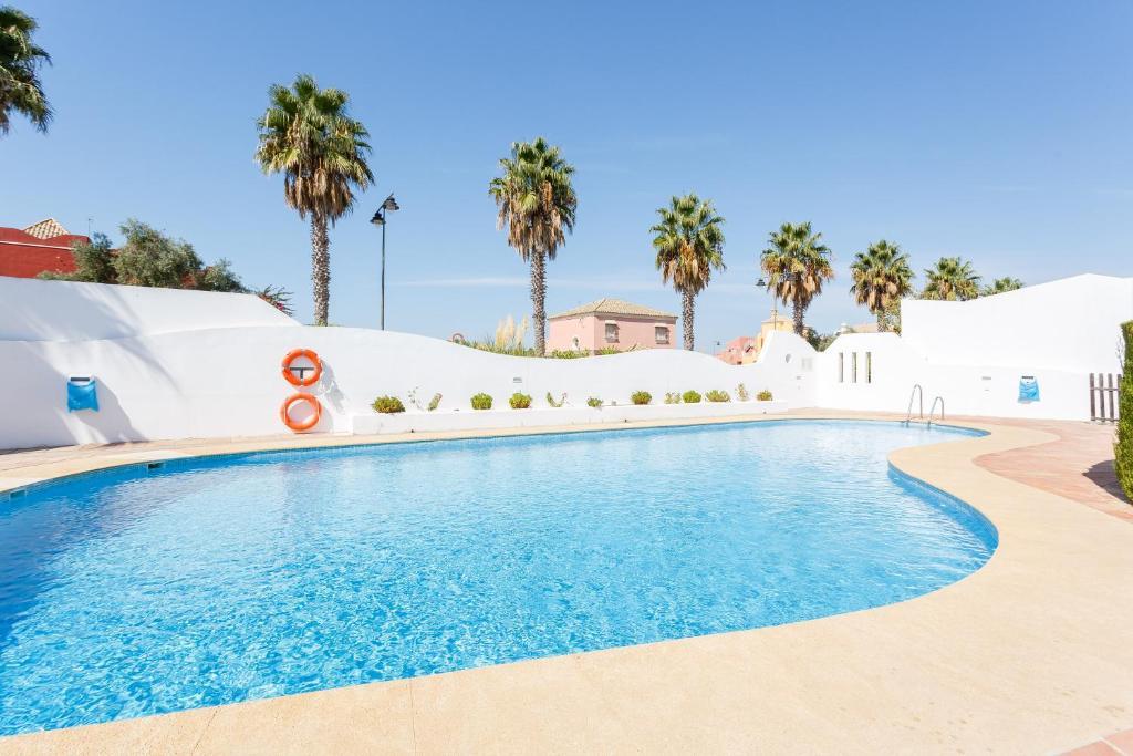 Bonito apartamento en campo de golf con piscina, Sanlúcar de ...