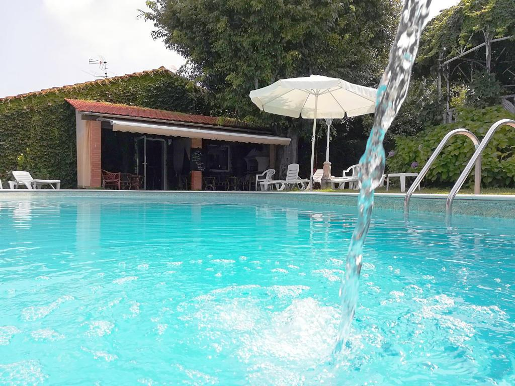The swimming pool at or near Alegre Hotel