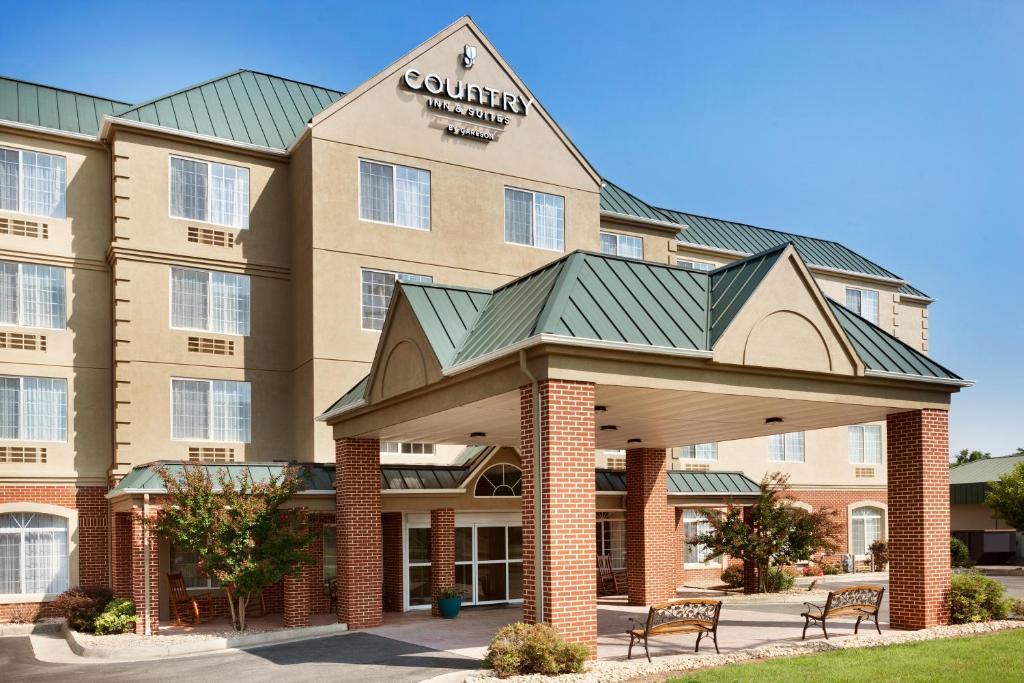 Country Inn Carlson Lexington Va Bookingcom
