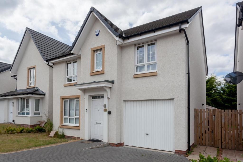 Edinburgh Family Detached House New Built, Edinburgh – Updated 2019