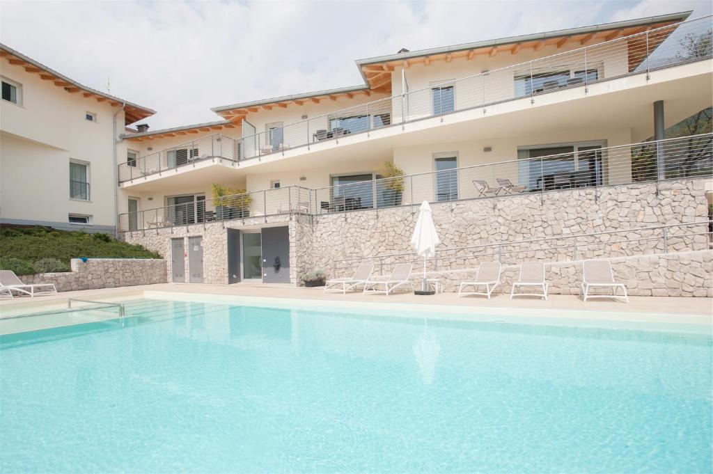 Aparthotel Terrazze sul Garda (Italien Tenno) - Booking.com